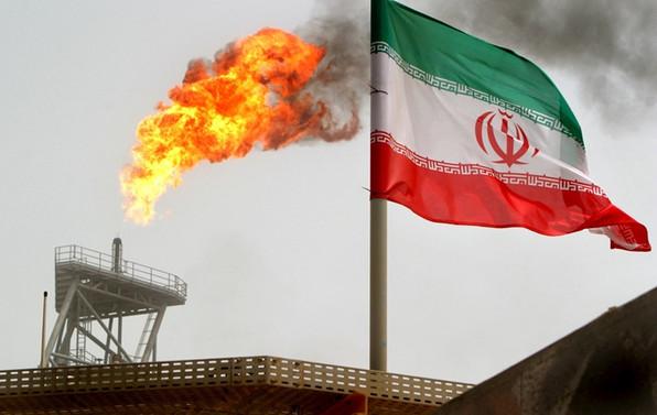 İran: Bolton ve Netanyahu, Trump'ı kandırdı