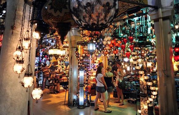 Yabancı ziyaretçilerin alışveriş artışı yüzde 70'e dayandı