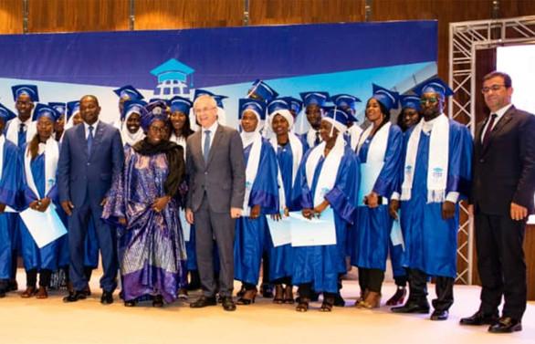 Limak, bu kez Senegalli gençleri 'uçuruyor'