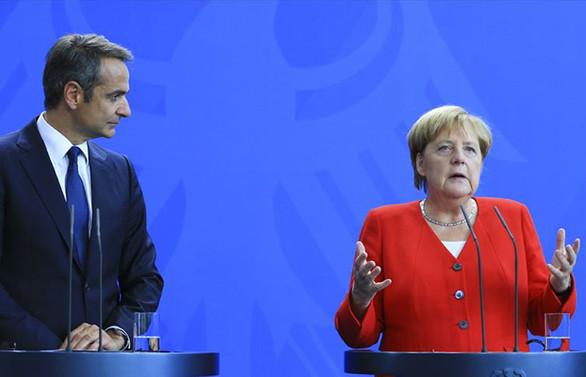 Merkel: Türkiye ile sürekli konuşacağız