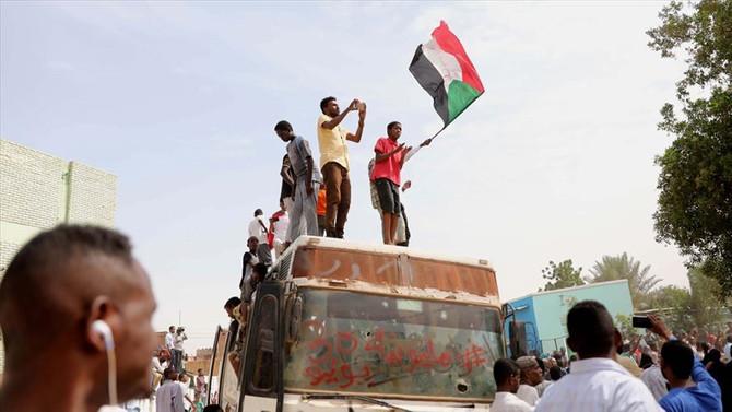 Sudan'da ortak geçiş yönetiminin ön anlaşması imzalandı