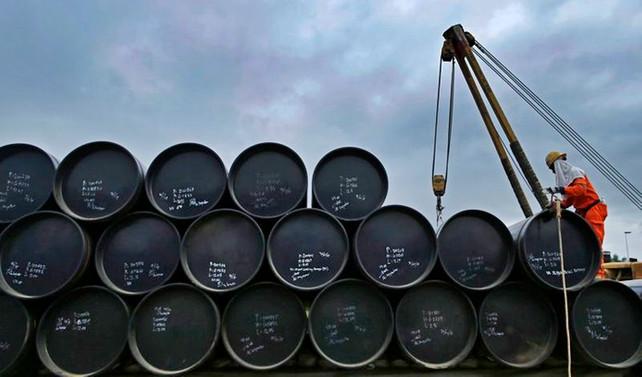 Brent petrolün varili 57,87 dolar