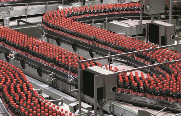 Coca-Cola'dan ilk yarıda çift haneli gelir