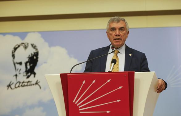 Çeviköz: Türkiye Suriye'de kendi politikalarını üretemiyor
