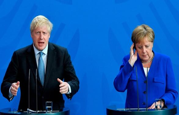 Boris Johnson, Angela Merkel ile görüştü