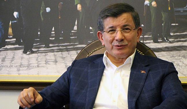 AK Parti'de Davutoğlu ile bazı isimler için kesin ihraç istemi