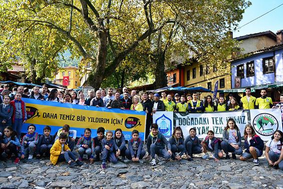Yıldırımlı gönüllülerden Dünya Temizlik Günü'ne destek