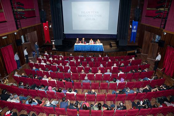 Ahilik kültürü Bursa'da konuşuldu