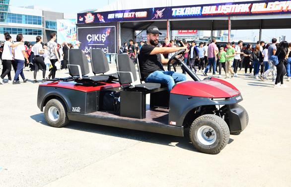 Yerli ve milli T-Car Teknofest'te yoğun ilgi gördü