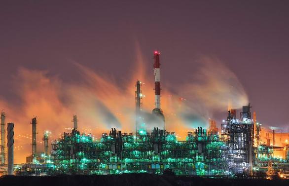 Petrol fiyatları da üretim de normale döndü