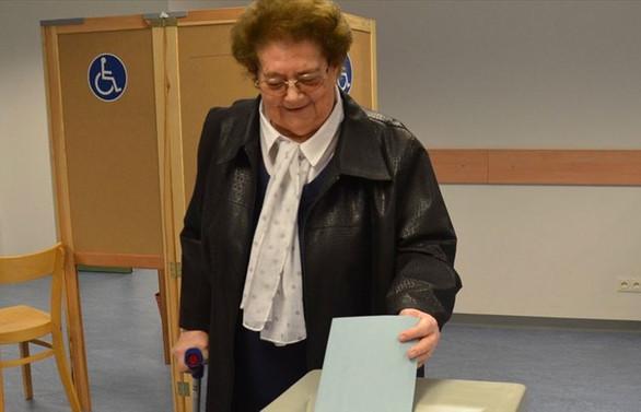 Avusturya'da seçmenler yarın sandık başına gidecek