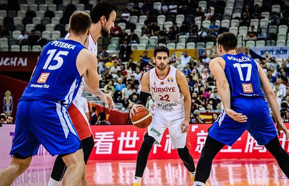 A Milli Erkek Basketbol Takımı Çekya'da yenildi