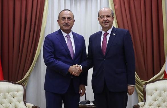 Çavuşoğlu, KKTC Başbakanı Tatar ile görüştü