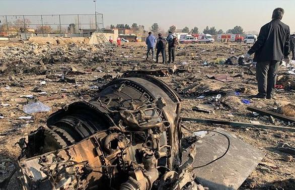 New York Times'tan düşen uçak için 'İran füzeleri vurdu' iddiası