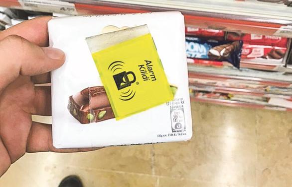 Marketlerde çikolata 'alarmı'