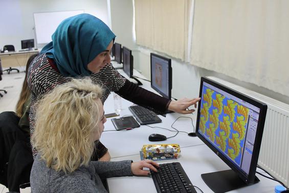 Moda tasarımcıları Bursa Uludağ Üniversitesi'nde yetişiyor