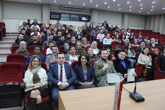 Misafir öğrenciler Türkiye'deki iş hayatına hazırlanıyor