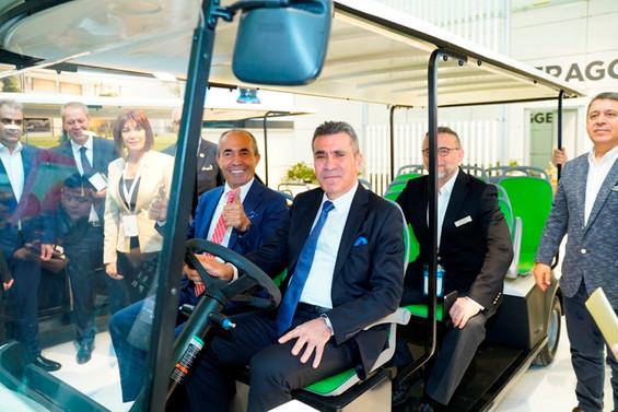 Bursa'da üretilen tasarım ödüllü T-Car Antalya'da turizm sektörüyle buluştu