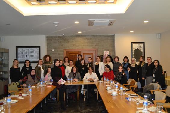 Kadın girişimciler 'kadınsan yaparsın' dedi