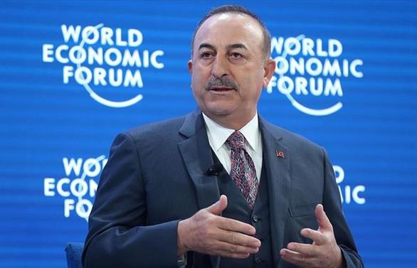Çavuşoğlu: Rusya'nın taahhütlerine uymasını bekliyoruz