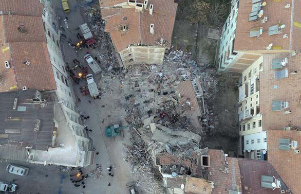 Depremde can kaybı 39'a çıktı