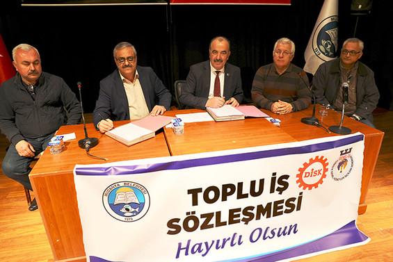 Mudanya Belediyesi'nde sözleşme sevinci