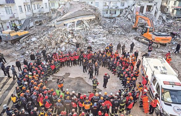 Güvenli bina için 'çipli beton' şart!