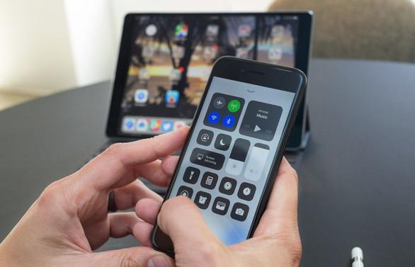 62 milyon kişi 'Cep'ten internete ulaşıyor