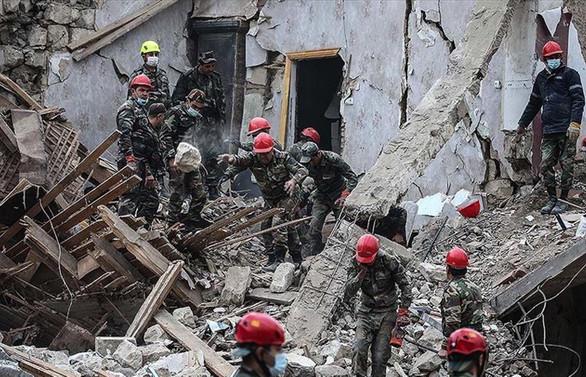 Ermenistan Azerbaycan'ın Gence kentini vurdu: 9 ölü, 34 yaralı