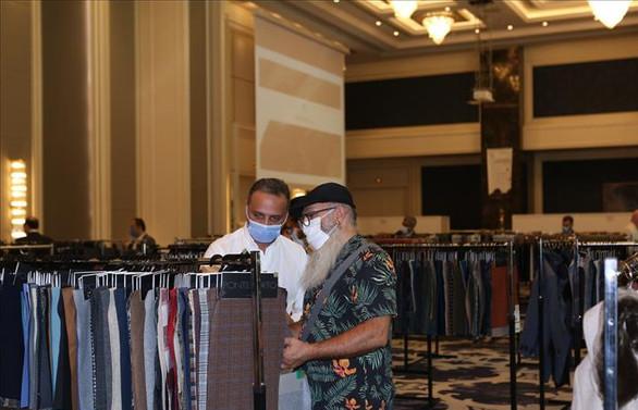 Dünyaca ünlü kumaş üreticileri Türk markalarıyla buluştu