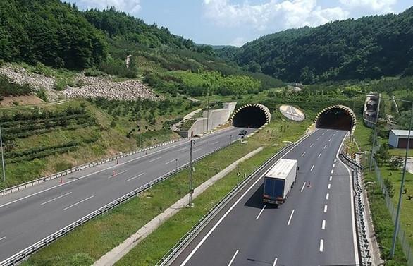 Bolu Dağı Tüneli Ankara yönü 32 gün kapalı