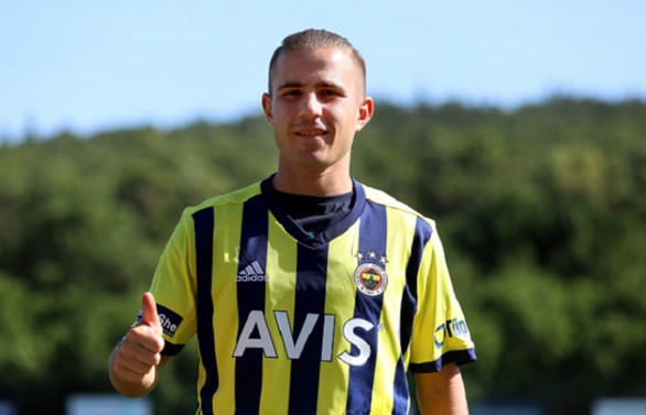 Pelkas: Fenerbahçe'ye katkı sağlamak istiyorum