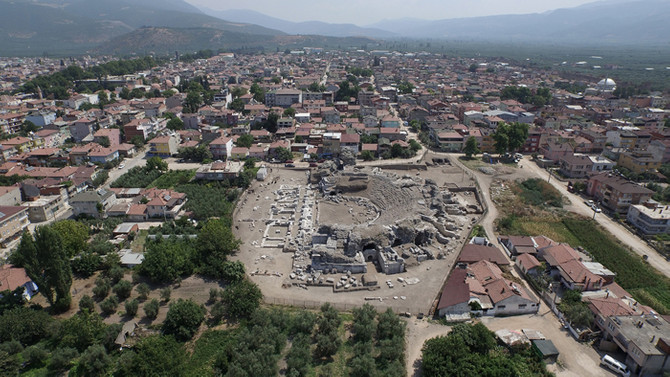 İznik'te 2.500 yıllık tarih gün yüzüne çıkıyor
