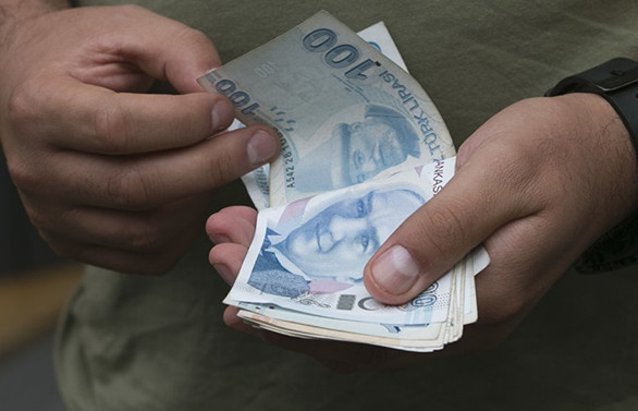 Vatandaş, 2019'da bankalara 65,6 milyar lira 'masraf' ödedi