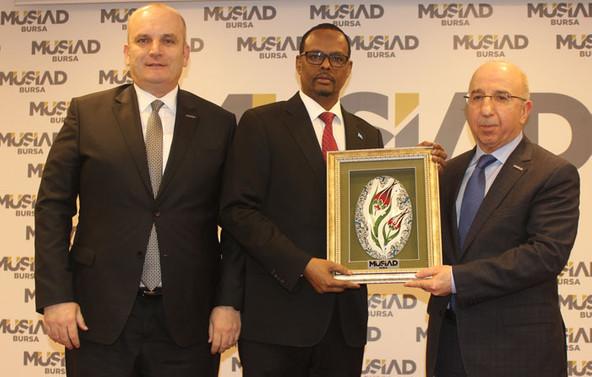 """""""Somali'de en büyük yatırımcı ülke Türkiye"""""""