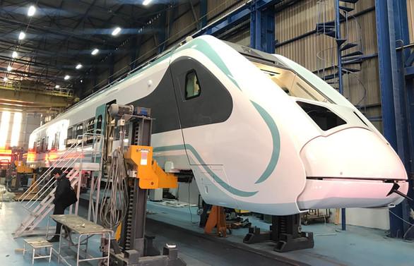 """""""Millî elektrikli tren"""" ile ekonomide büyük kazanım"""