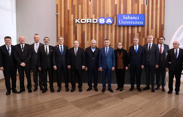 Kompozit Teknolojileri Mükemmeliyet Merkezi devletin zirvesini ağırladı