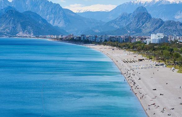 Türkiye'ye gelen her 3 Hollandalı turistten biri Antalya'yı tercih ediyor