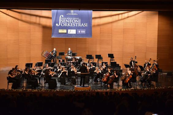 Bursa Bölge Devlet Senfoni Orkestrası'na konser destekçisi oldu
