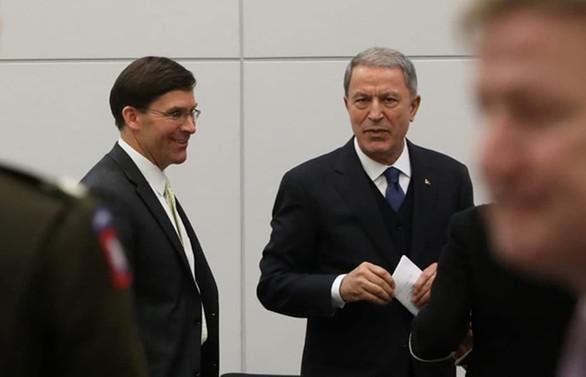 Bakan Akar, ABD'li mevkidaşı ile görüştü