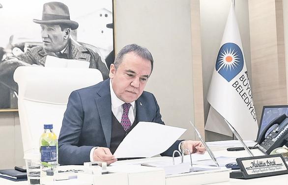 Antalya ülke turizmine katkısının ödülünü istiyor