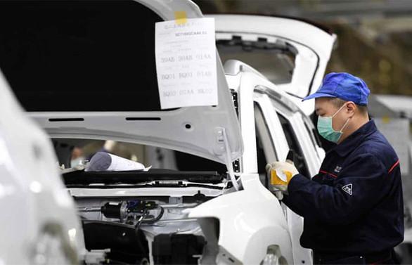 Çin'de otomobil satışlarında 'acı fren'
