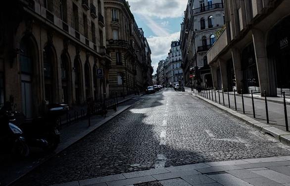 Fransa'da serbest dolaşım sınırlandırılıyor