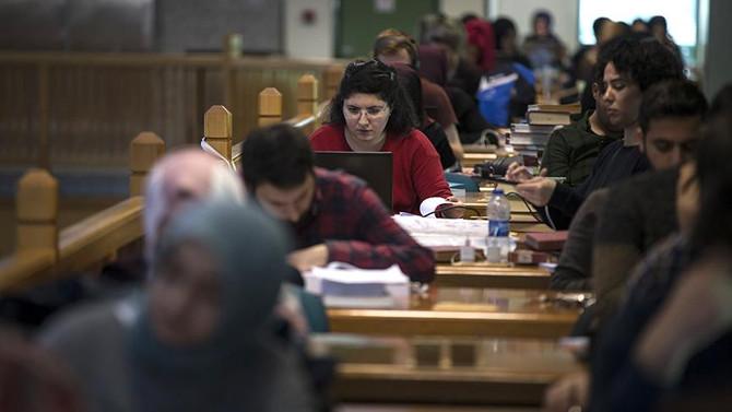 23 Mart'ta üniversitelerde uzaktan eğitim başlayacak