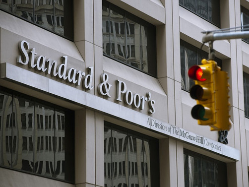 S&P: Küresel ekonomi büyük darbe alacak