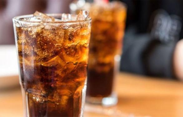 Kolalı içeceklerin ÖTV'si 10 puan arttı