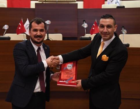 """Antalya'da """"Belirsizlik Ortamında Şirket Yönetimi"""" konuşuldu"""