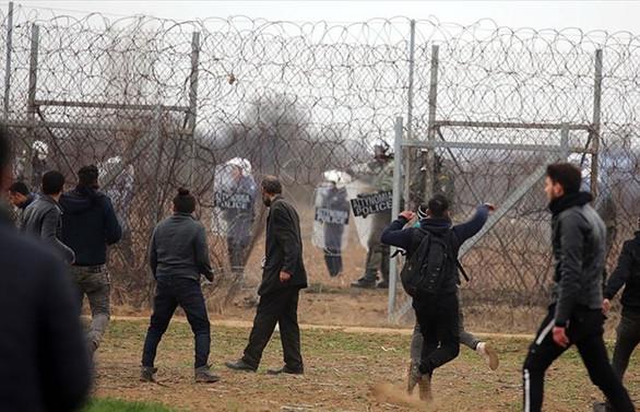 Edirne Valiliği: Yunan güvenlik güçleri göçmenlere ateş açtı, 1 ölü, 5 yaralı