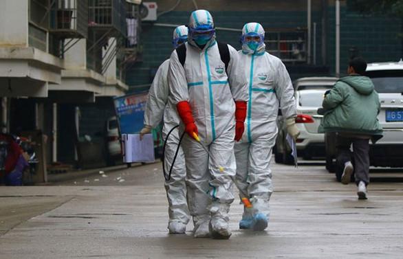 Çin, dünyaya virüsten koruma giysileri ihraç edecek