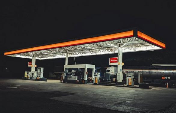 Antalya'da akaryakıt istasyonları gece kapanacak